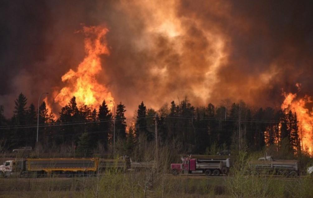Požar na zapadu Kanade i dalje se širi, izgorjelo 5.050 kvadratnih metara šume