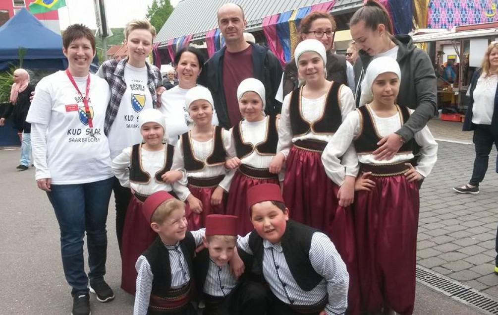 JAKUPOVIĆ U NJEMAČKOJ: Folklorom širimo pozitivnu energiju i ponosimo se što smo državljani BiH