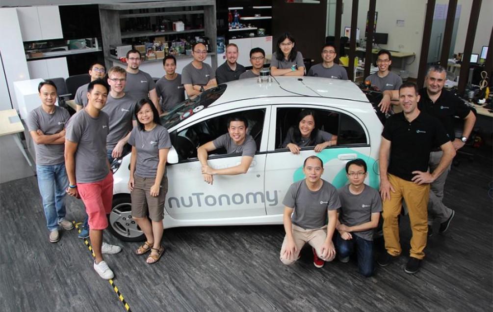 Prvi samovozeći taksi kompanije NuTonomy na ulicama Singapura