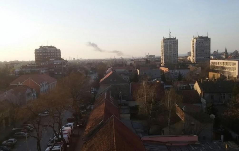 Snažna eksplozija zatresla Pančevo : Građani iz kreveta izašli na ulice