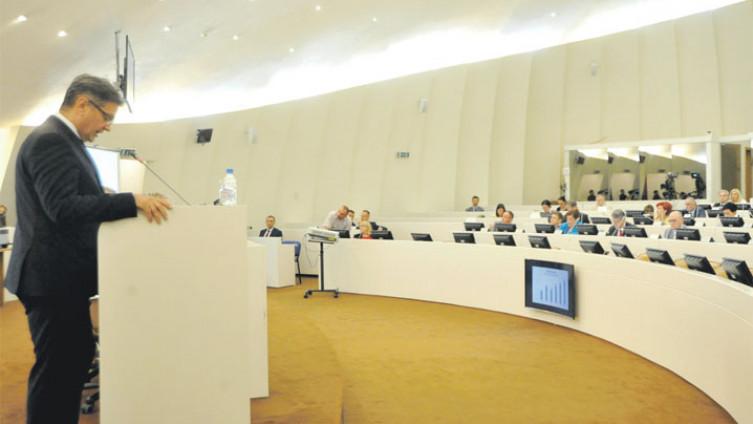 Zvizdićeva vlada ostala bez podrške u Predstavničkom domu