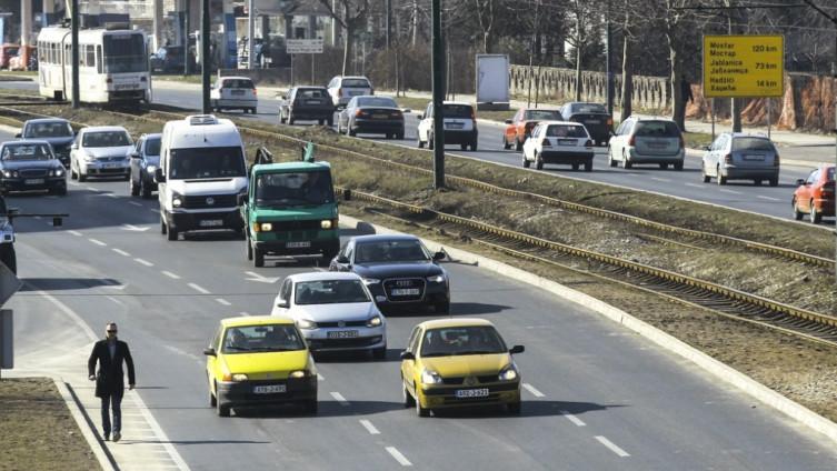 Za šest mjeseci uvezena 27.372 polovna automobila