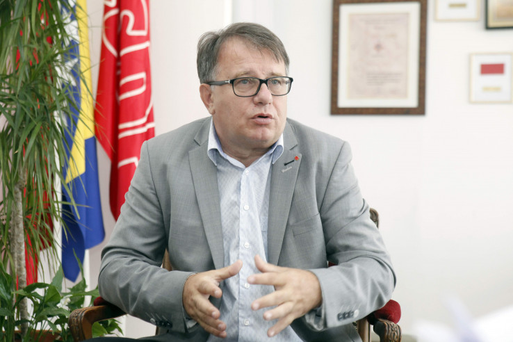 Nikšić: Čelnici SDA najodgovorniji za teško stanje u državi