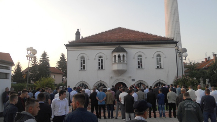 Klanjalo se i ispred Sultan Ahmedove džamije
