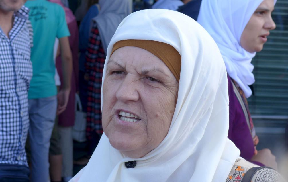 Prva grupa vjernika jučer sletjela u Sarajevo | Zolota: Nisam mogla sakriti suze kad sam ugledala Kabu