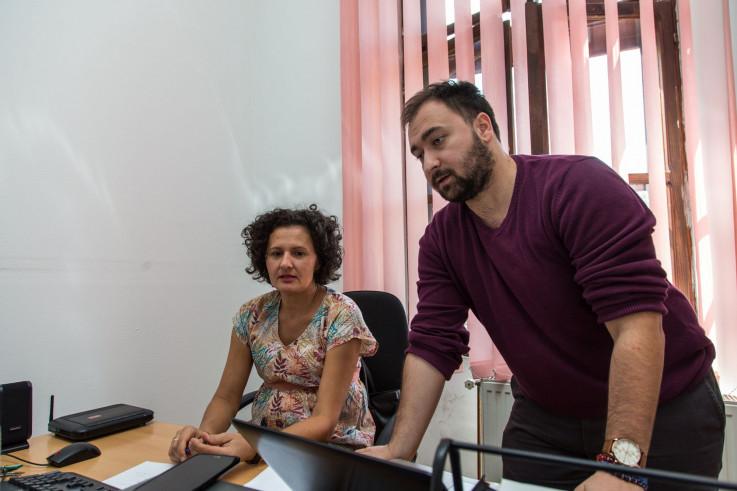 Kukrika i Đenadija: Zgrade više puta renovirane