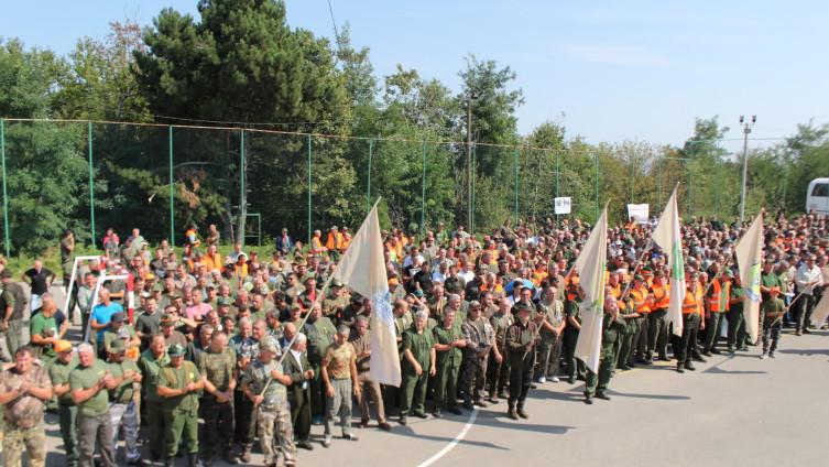 Na druženju lovaca TK-a našlo se oko 1.500 lovaca iz 13 lovačkih društava (Foto: H.Čalić/Avaz.ba)