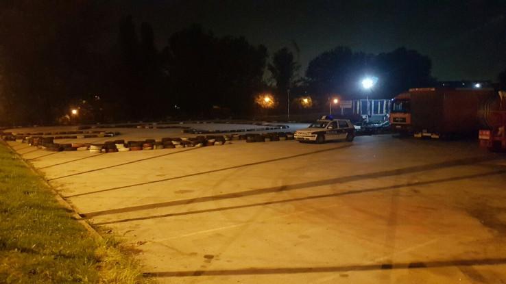 Kobne večeri policija obezbjeđivala karting (Foto: D. Pašalić/Avaz.ba)