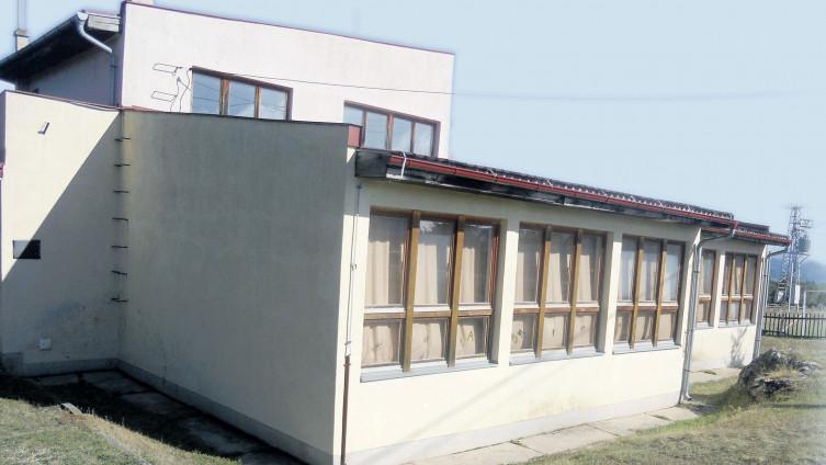 Školu u Dragoradima pohađa 19 učenika