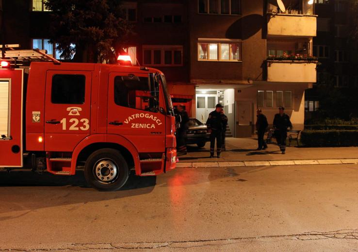 Vatrogasci i policija preksinoć na terenu