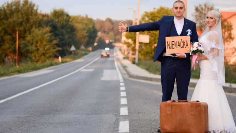 Hadžić: Na satiričan način prikazana situacija u kojoj se nalaze mladi ljudi