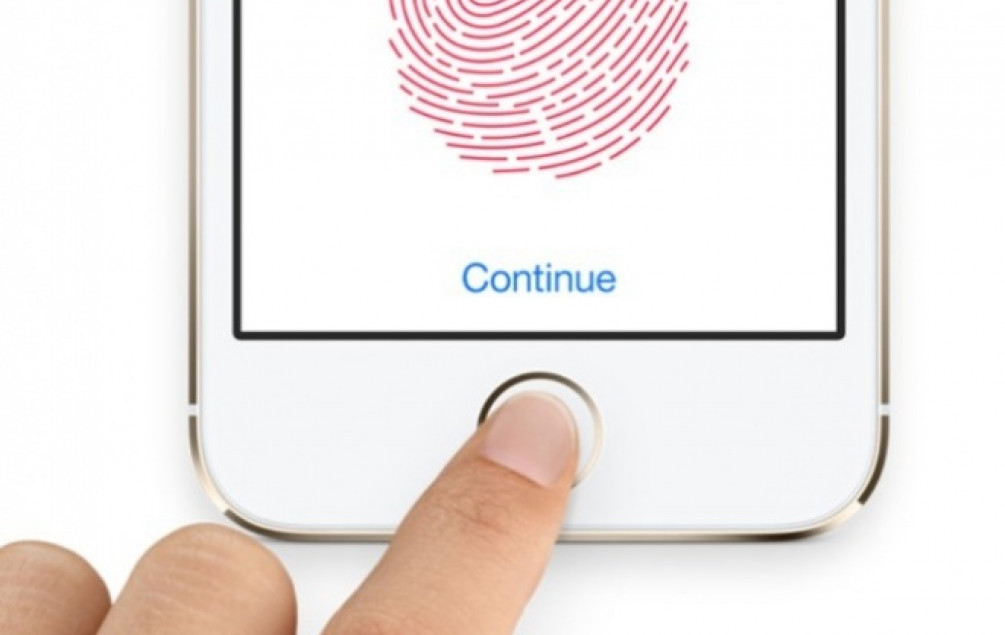 Apple eliminiše senzore otiska prsta sa svih telefona u 2018. godini