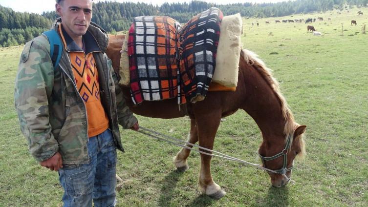 Avdija Tehirović i konj Briza: Svi tereni su im poznati (Foto: G. Dakić)