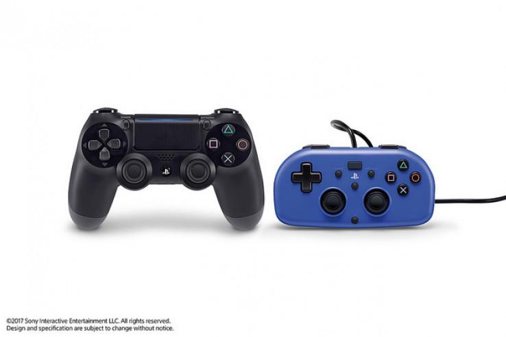 PS4 DualShock 4 i Mini Wired Gamepad (slika: PlayStation Blog)