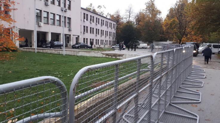 Jutros ispred Vlade FBiH ( A.Durgut/Avaz.ba)