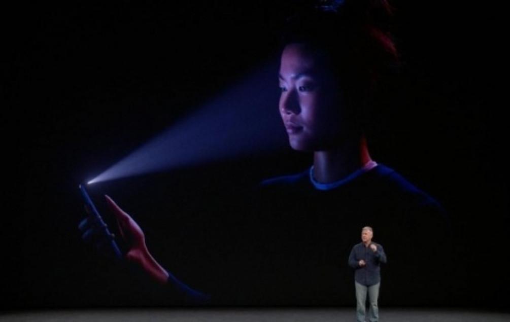 Apple: Face ID za iPhone X nije manje precizan