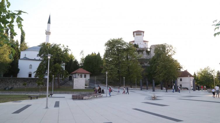 Kula i džamija Huseina-kapetana Gradaščevića: Jedan od mnogobrojnih nacionalnih spomenika BiH (Foto: A. Bajrić/ Avaz.ba)
