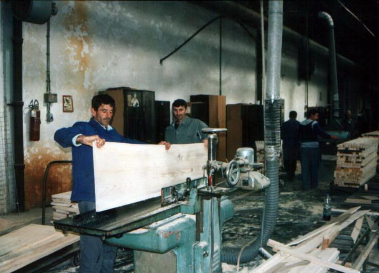 """Bijeljinska fabrika """"Stolar"""" nekad i sad"""