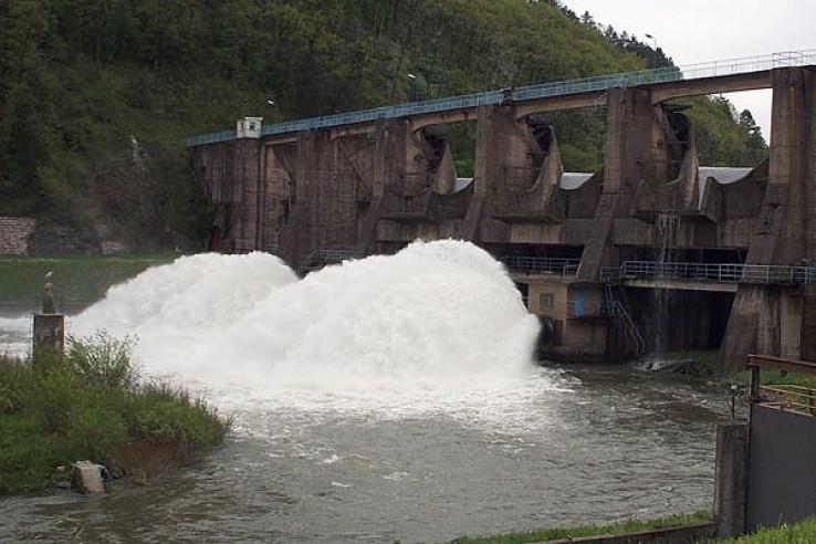 Iz brane jezera Modrca u spreču se u sekundi ispusti 65 metara kubnih vode