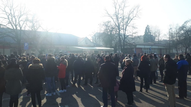 Okupilo se nekoliko stotina građana