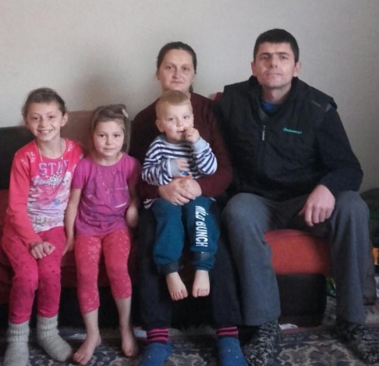 Šerif Kurić s porodicom - Avaz, Dnevni avaz, avaz.ba