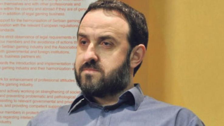 Dr. Ivica Mladenović