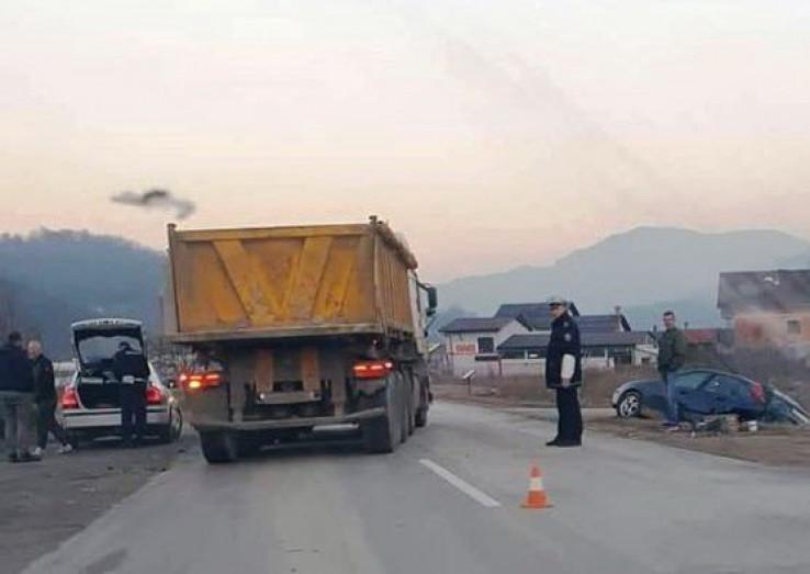 Sudarili se kamion i vozilo