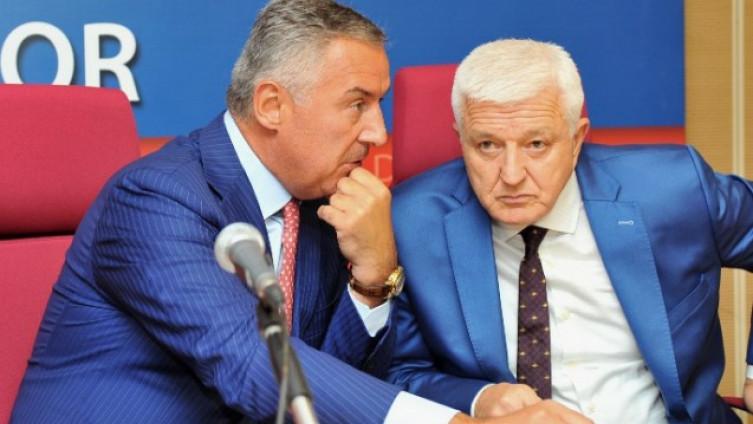 Đukanović i Marković čestitali rukometašima
