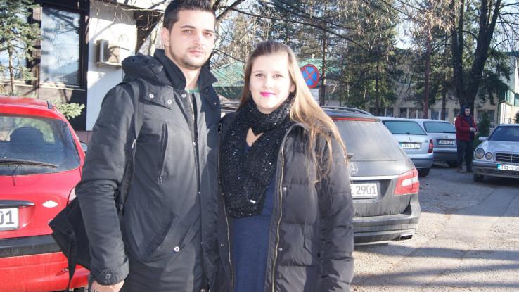 Ćehić sa suprugom: Vraćala se s posla