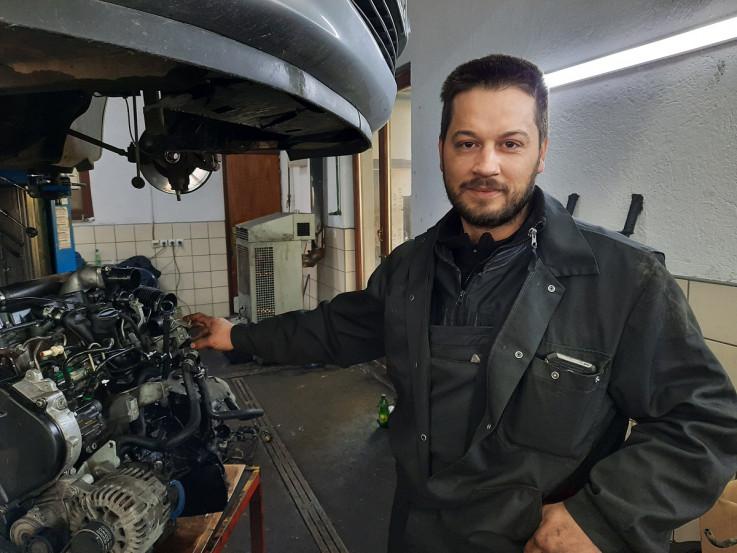 Omerović: Automehaničar već 10 godina