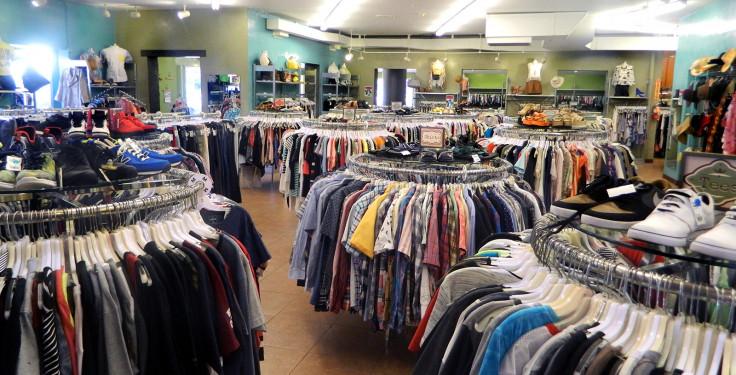 Odjeća i obuća jeftinija za 6,9 posto