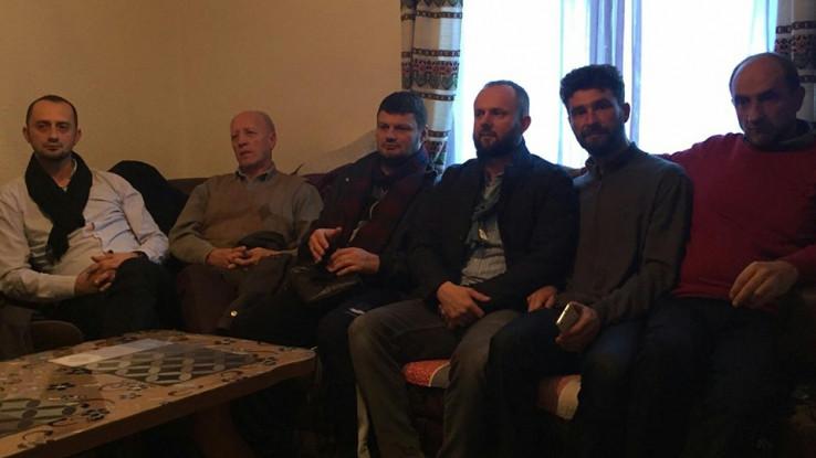 Sijelo u domu Muniba Gurde: Okupilo se 20 komšija