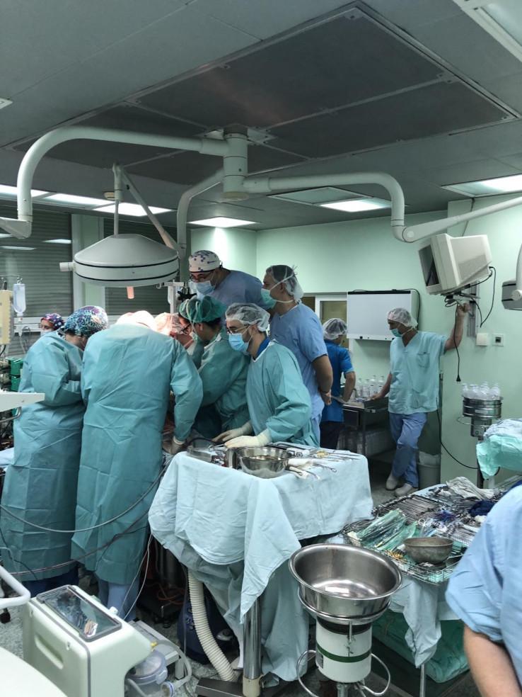 Operacija trajala punih 12 sati, učestvovalo više od 100 osoba