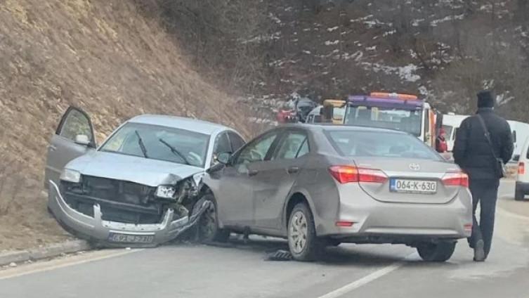 Udario u drugi automobil