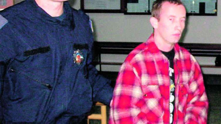Šuvira snimljen 2008. godine tokom suđenja za ubistvo
