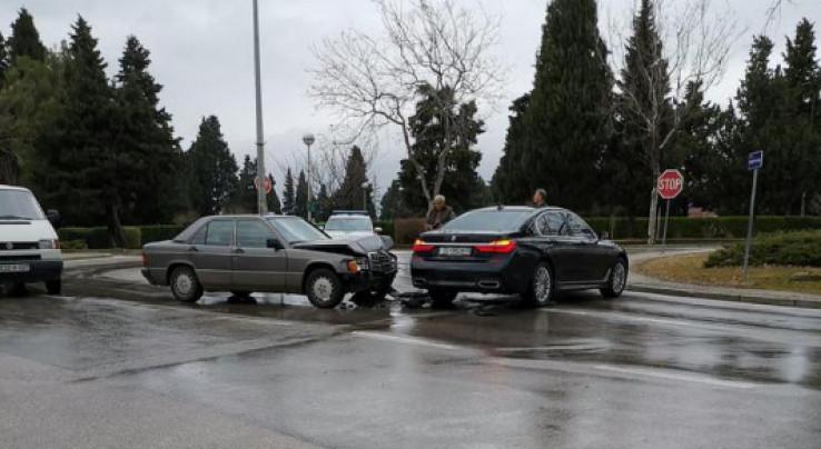 Sudar BMW i Mercedesa