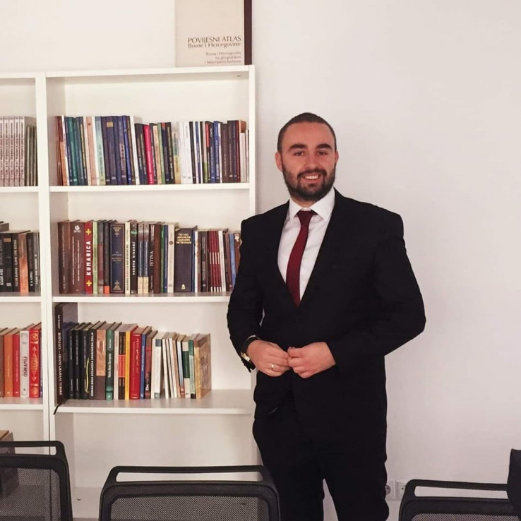 Admir Lisica - Avaz, Dnevni avaz, avaz.ba