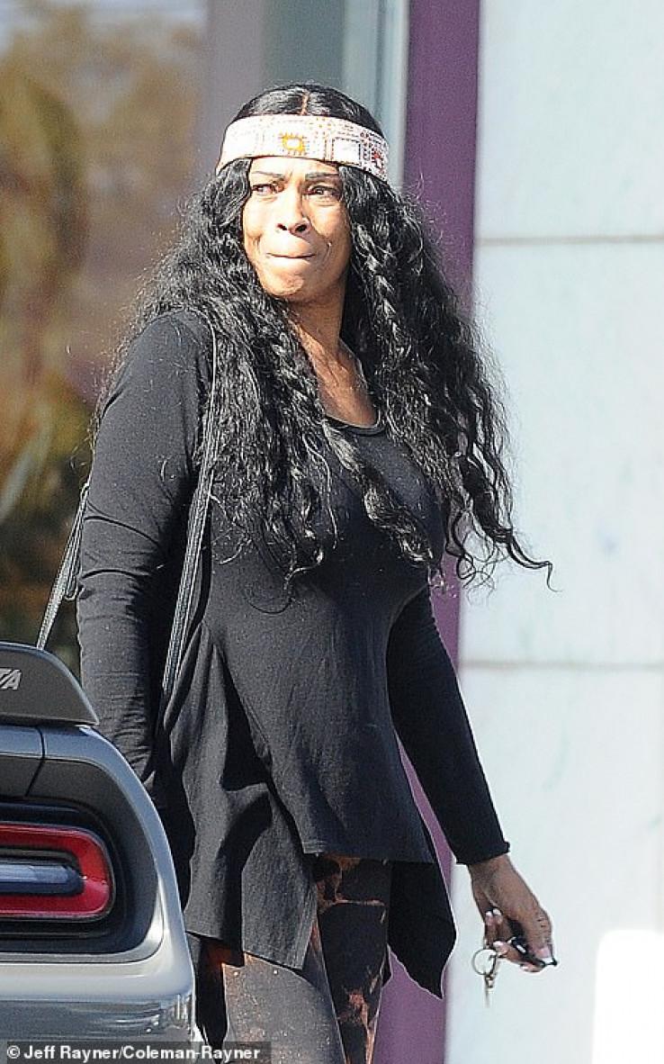 Kobijeva majka: Nosila bijeli povez oko glave