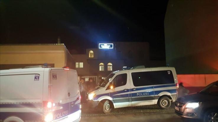 Policija evakuirala džamiju