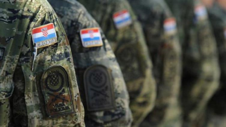 Hrvatska povlači vojsku