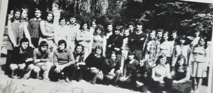 S jednom od prvih generacija đaka  - Avaz, Dnevni avaz, avaz.ba