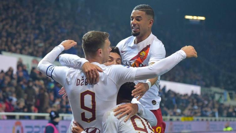 Slavlje igrača Rome: S utakmice u Bergamu
