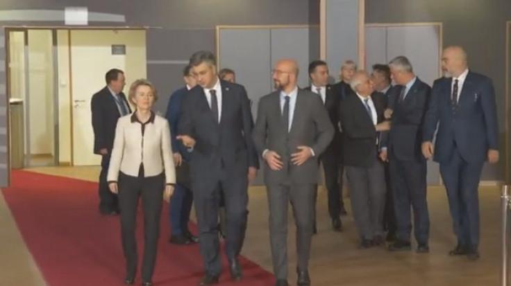 Dolazak na sastanak u Briselu