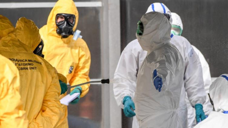 Dok traje borba protiv epidemije
