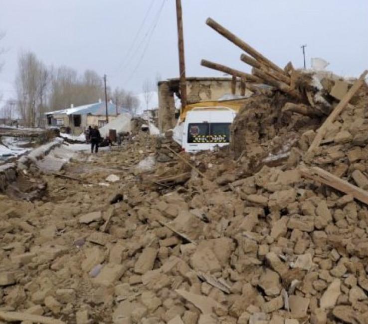 Snažan potres pogodio Iran