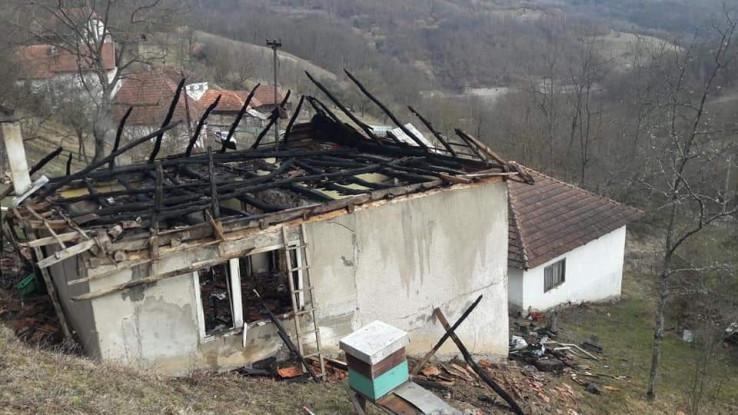 Od kuće ostali samo zidovi - Avaz, Dnevni avaz, avaz.ba