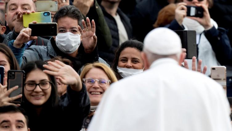 Papa Franjo: Još jednom želim da izrazim bliskost s onima koji pate od koronavirusa