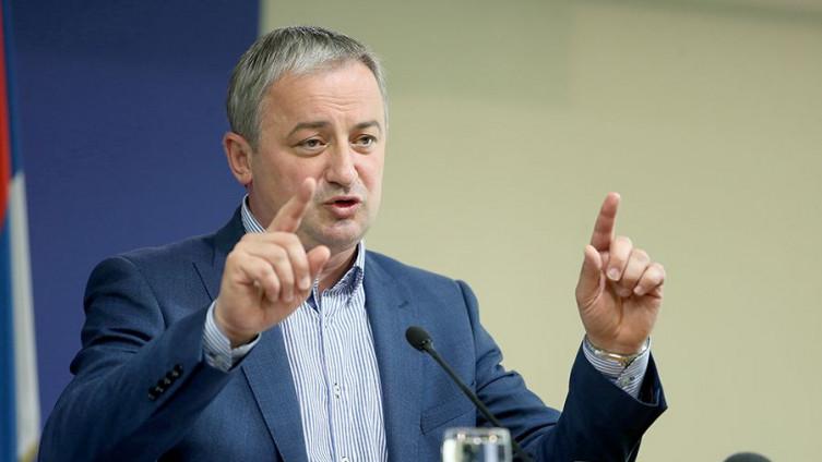 Borenović: SNSD je ugrozio grant sredstva za bolnice u RS