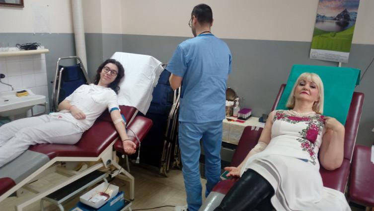 Stojanović i Pisić: Žele pomoći drugima