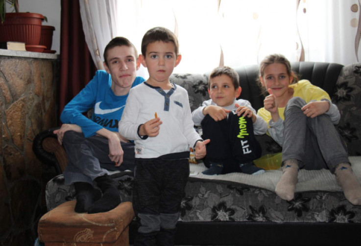 Svijetli primjer porodice - Avaz, Dnevni avaz, avaz.ba